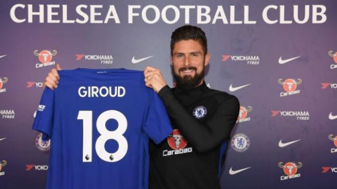"""""""Người dơi"""" Aubameyang đến Arsenal: Mặc áo huyền thoại, Chelsea có Giroud - 4"""