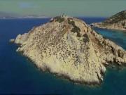Thăm quan ngọn đồi 4.000 năm hình kim tự tháp