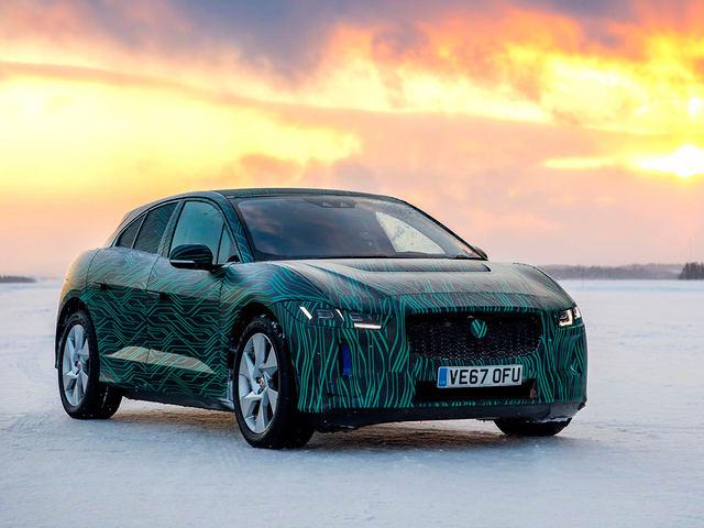 Jaguar I-Pace vận hành ở địa hình băng tuyết - 3