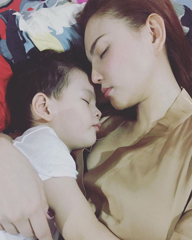 """Sau đổ vỡ hôn nhân, Thu Thủy nghẹn lời khi con trai hỏi: """"Mẹ ơi ba đâu rồi?"""" - 1"""