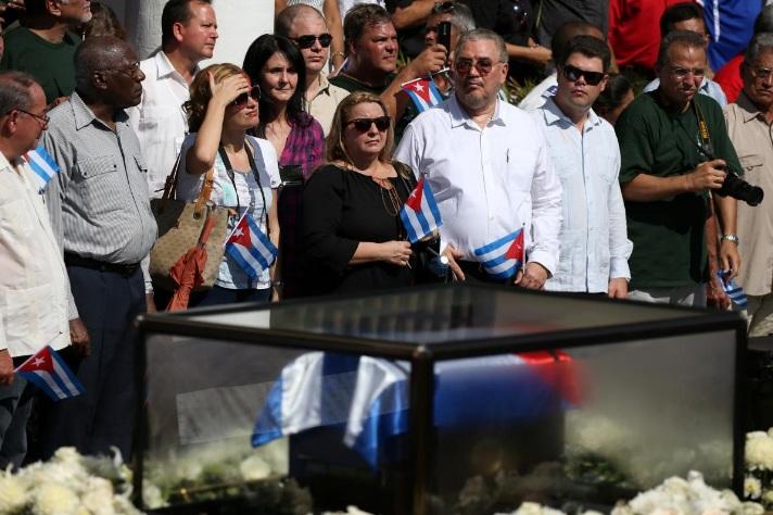 Con trai lãnh tụ Fidel Castro tự sát vì trầm cảm - 2