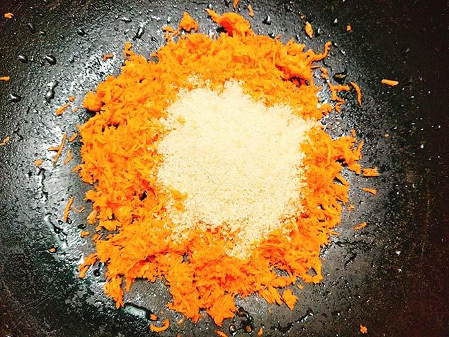 Mứt cà rốt bọc dừa xinh yêu ngọt ngào mọi người đều thích - 4