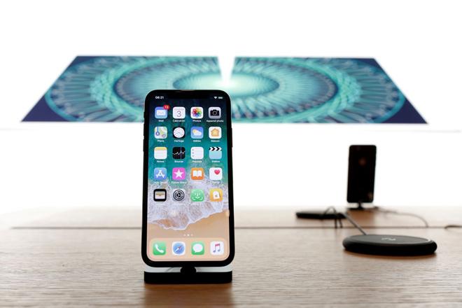 iPhone X chỉ bị cắt giảm sản lượng dưới 50% - 1