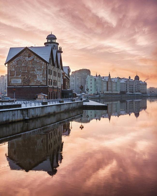 Làng chài, Kaliningrad, Nga: Ngôi làng gây ấn tượng với những ngôi nhà được xây dựng theo phong cách Đức. Nơi đây là trung tâm của nghề thủ công, thương mại và dân tộc học.