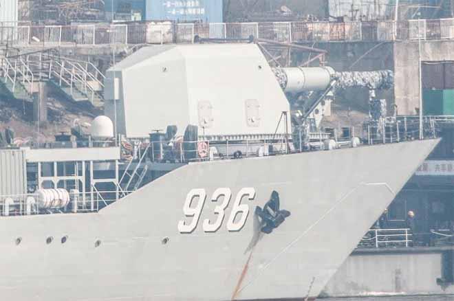 TQ bất ngờ có vũ khí cực mạnh Mỹ chưa nghiên cứu xong trên tàu chiến? - 2