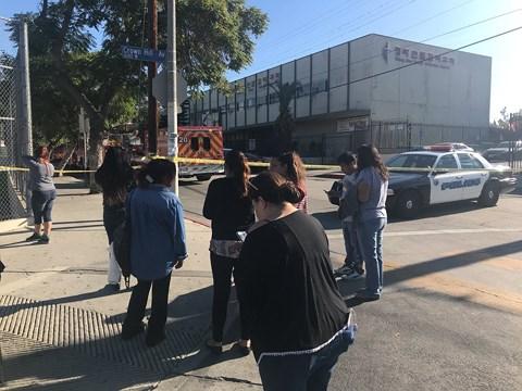 """Nữ sinh 12 tuổi xả súng giữa trường gây """"chấn động"""" nước Mỹ - 1"""