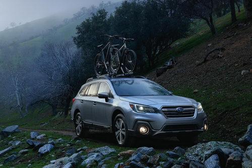 Subaru Outback 2018 có giá 1,4 tỷ đồng - 2