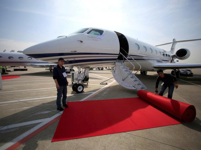 Bên trong 7 máy bay tư nhân đắt giá nhất trên thế giới - 4