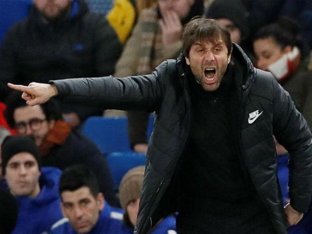 """Chelsea hỗn loạn: Nghi án Conte chơi chiêu, """"đào mỏ"""" Abramovich"""