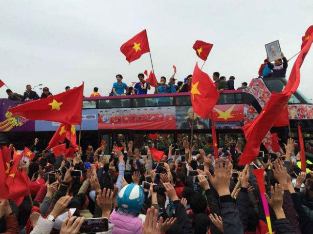 """U23 Việt Nam lên """"cơn sốt"""": VFF thông báo về bản quyền hình ảnh"""