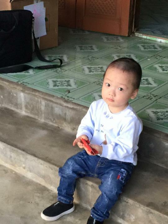 Con trai thiếu uý ung thư nhường sự sống cho con trong vòng tay Bộ trưởng Y tế - 6