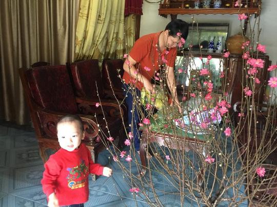 Con trai thiếu uý ung thư nhường sự sống cho con trong vòng tay Bộ trưởng Y tế - 9
