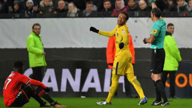"""Neymar """"nổi loạn"""" vì Real-MU: Hành hạ PSG, khiêu chiến cả Ligue-1 - 2"""