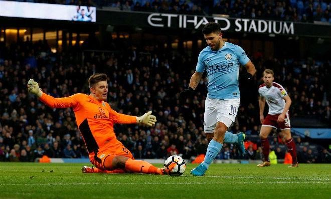 """Burnley – Man City: """"Bom tấn"""" chào sân, Aguero quyết săn 3 điểm - 2"""