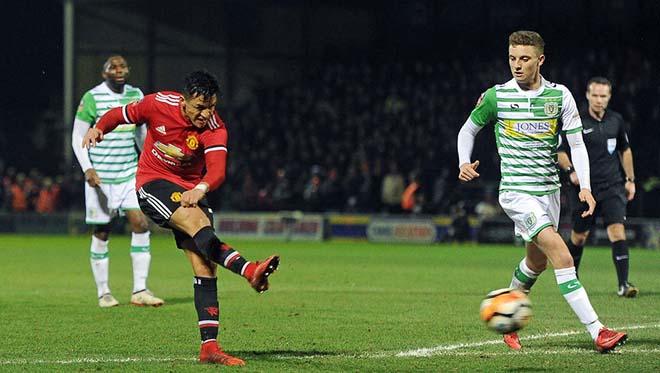 """MU - Huddersfield: Chờ Sanchez khai hỏa, """"Quỷ đỏ"""" quyết báo thù - 2"""