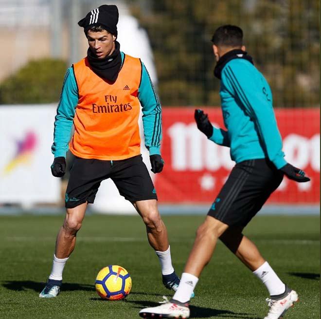 """Real xuống dốc, Zidane bất ngờ """"công kích"""" Ronaldo, bênh vực Bale - 4"""