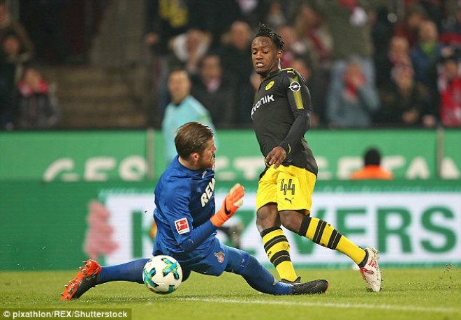 Cologne - Dortmund: Tân binh tỏa sáng, rượt đuổi 5 bàn - 1