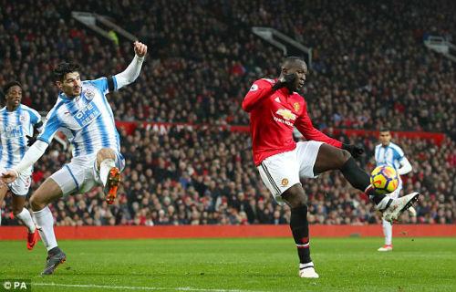 Chi tiết MU - Huddersfield: Thực dụng giữ 3 điểm (KT) - 9