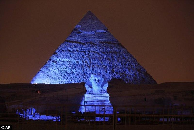 Đột nhập hầm bí mật 4.400 năm trong kim tự tháp Ai Cập - 3