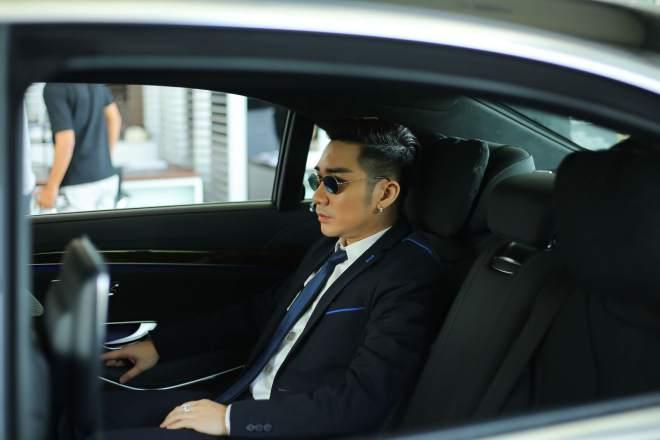 Cận cảnh xe sang gần 8 tỷ đồng của nam ca sĩ Quang Hà - 6