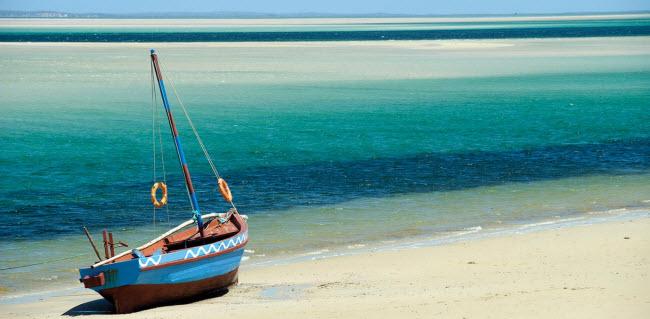 Những hòn đảo lãng mạn nhất cho tuần trăng mật - 2