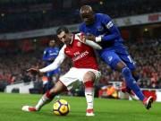 """Arsenal mở hội, Mkhitaryan lập  """" hat-trick """" : Wenger hả hê với Mourinho"""