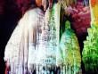 """""""Lạc lối"""" trong hang động tự nhiên đẹp quên đường về"""