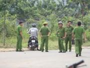 An ninh Xã hội - Tài xế xe ôm tử vong trên bãi cỏ với nhiều vết đâm