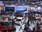 Ô tô nhập khẩu về Việt Nam giảm thấp chưa từng có