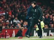 Mourinho và người trợ lý bí ẩn: HLV trưởng tương lai của MU?