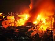 Thương tâm, hai vợ chồng chết cháy khi canh hàng Tết