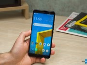 Video mở hộp HTC U11+ cao cấp, thiết kế cách tân