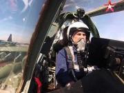 Truyền thông phương Tây ngưỡng mộ sự can đảm của phi công Su-25
