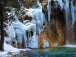 Thác nước đóng băng đẹp như tiên cảnh ở Cửu Trại Câu