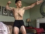 """15 tuổi đã 6 múi, cơ bắp """"nam thần"""" như Ronaldo"""