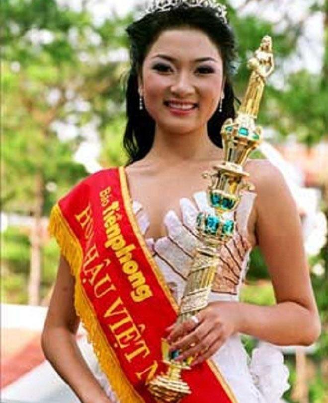 Dàn Hoa hậu Việt Nam quá khác lạ sau đăng quang! - 1