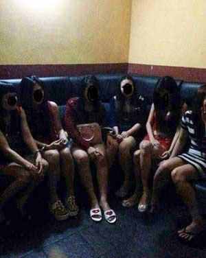 Thế giới ngầm ở Malaysia: Những kẻ bán rẻ đồng hương - 1