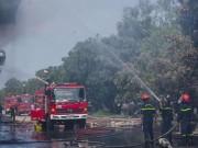 Nhà máy ở Dung Quất phát hỏa ngày ông Táo về trời