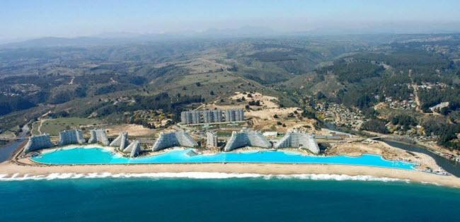 Ngoạn mục bể bơi lớn nhất thế giới ở Chile - 5