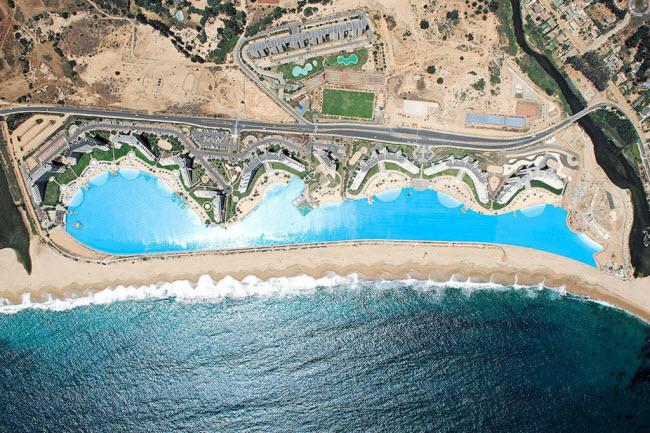Ngoạn mục bể bơi lớn nhất thế giới ở Chile - 3