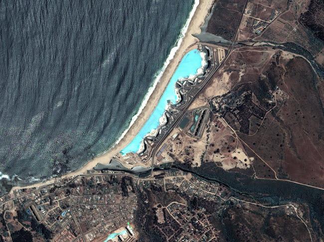 Ngoạn mục bể bơi lớn nhất thế giới ở Chile - 10