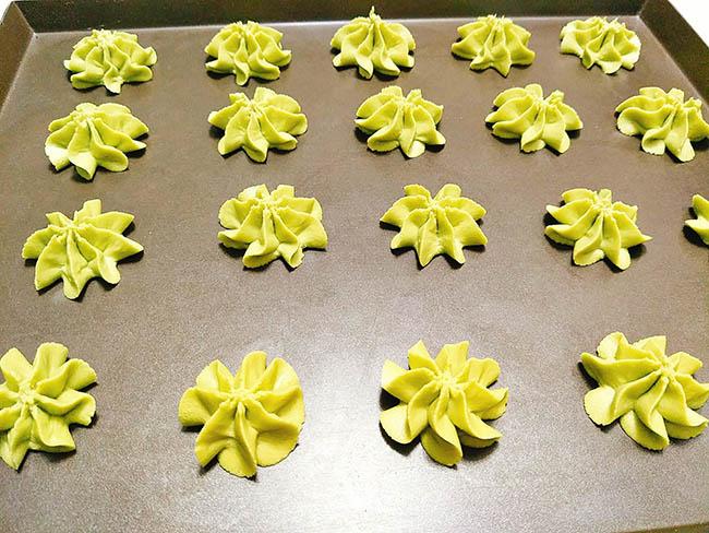 Đãi khách tới nhà với bánh quy trà xanh giòn xốp, thơm lừng hương matcha - 6