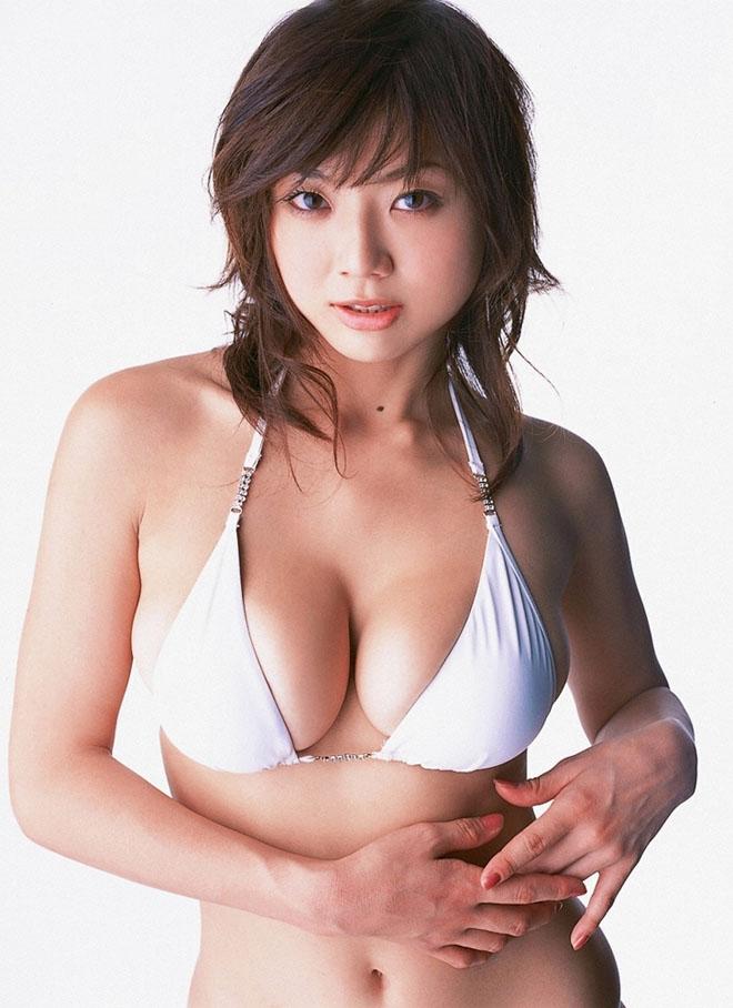 """Vẻ """"phồn thực"""" của mẫu nữ tuổi Tuất khiến đàn ông Nhật si mê - 1"""