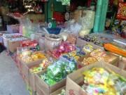 Thị trường - Tiêu dùng - Bánh kẹo, mứt tết 'ba không' đổ bộ chợ Sài Gòn