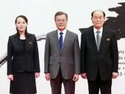 Thế giới - Hé lộ ẩn ý trên phông nền chụp ảnh của lãnh đạo Hàn Quốc - Triều Tiên