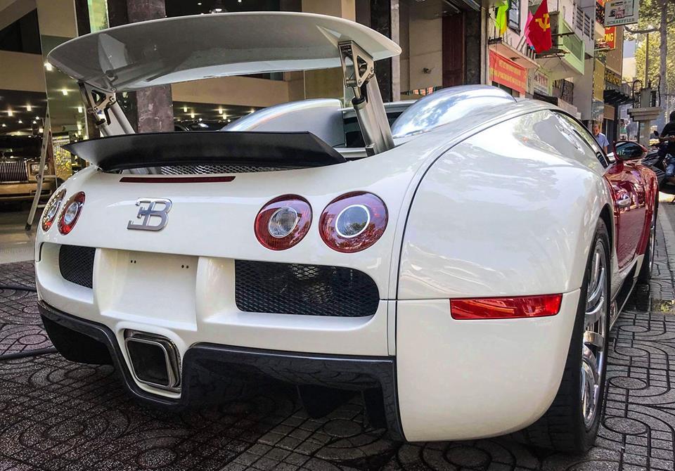 Bugatti Veyron độc nhất Việt Nam bất ngờ lộ diện tại Sài Thành - 2