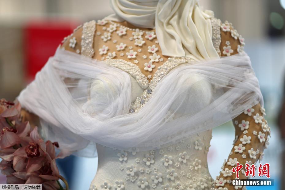 """Ngắm """"cô dâu"""" cầm xoàn ăn đặt, trị ví 22,6 tỷ đồng duy nhất chỉ có ở Dubai - 4"""