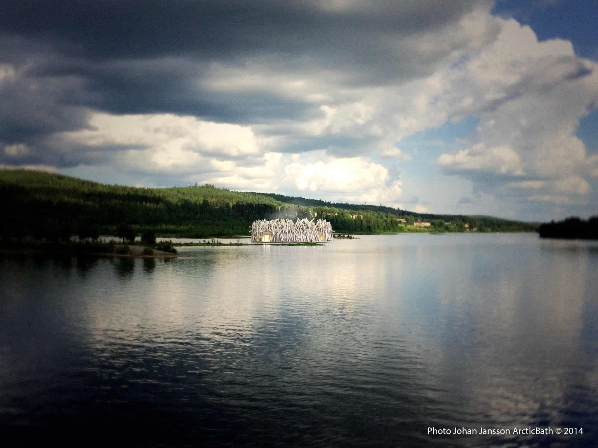 Ngắm kiến trúc độc lạ của khách sạn nổi giữa dòng sông ở Thụy Điển - 4