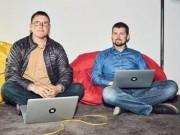 Tài chính - Bất động sản - Nhờ iPhone hỏng, hai anh chàng này nghĩ ra cách kiếm được 476 tỷ đồng/năm