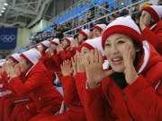 """Cận cảnh màn đồng diễn  """" triệu like """"  của mỹ nữ Triều Tiên (Olympic mùa đông 2018)"""